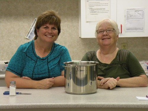 Laura Loder & Barb Johnson kept everybody well fed at Fall Fling